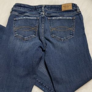 Abercrombie & Fitch Jeans - Abercrombie and Fitch  jeans size 2